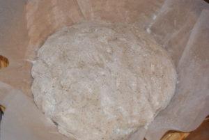 malý žitný chleba těsto